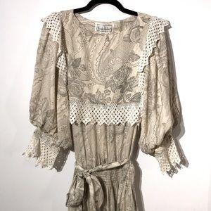 Vintage silk Nicole Miller paisley floral print
